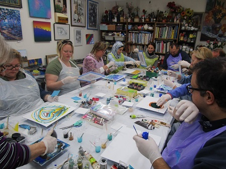 Reminder: New Workshop Acrylic Pouring – Saturday 24th August