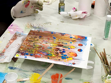 Reminder: Acrylic Pouring Introduction Workshop – Saturday, 26th June 2021