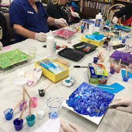 MC College Acrylic Pouring Introduction 25th May – Saturday