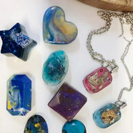 New Resin Jewellery Workshop – Saturday, 20th November 2021